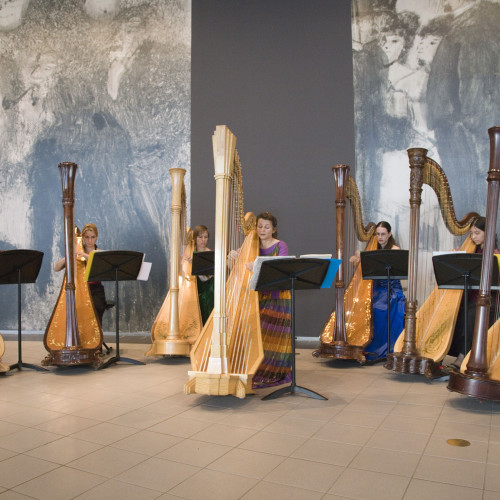 Maia Darme - Seven Harp Ensemble concert National Gallery of Australia 2013