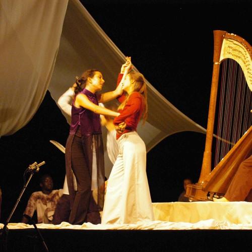 Maia Darme - tournée spectacle Pourquoi Moi en Europe 2005