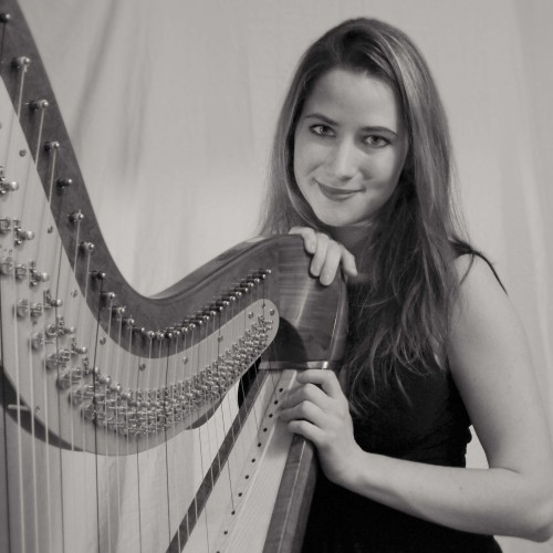 Maia Darme - harpist in Paris 2013